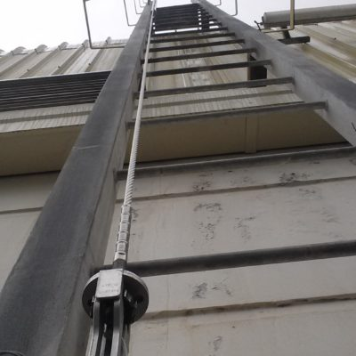 Linea de vida vertical altitec chile